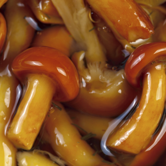 Marinated nameko